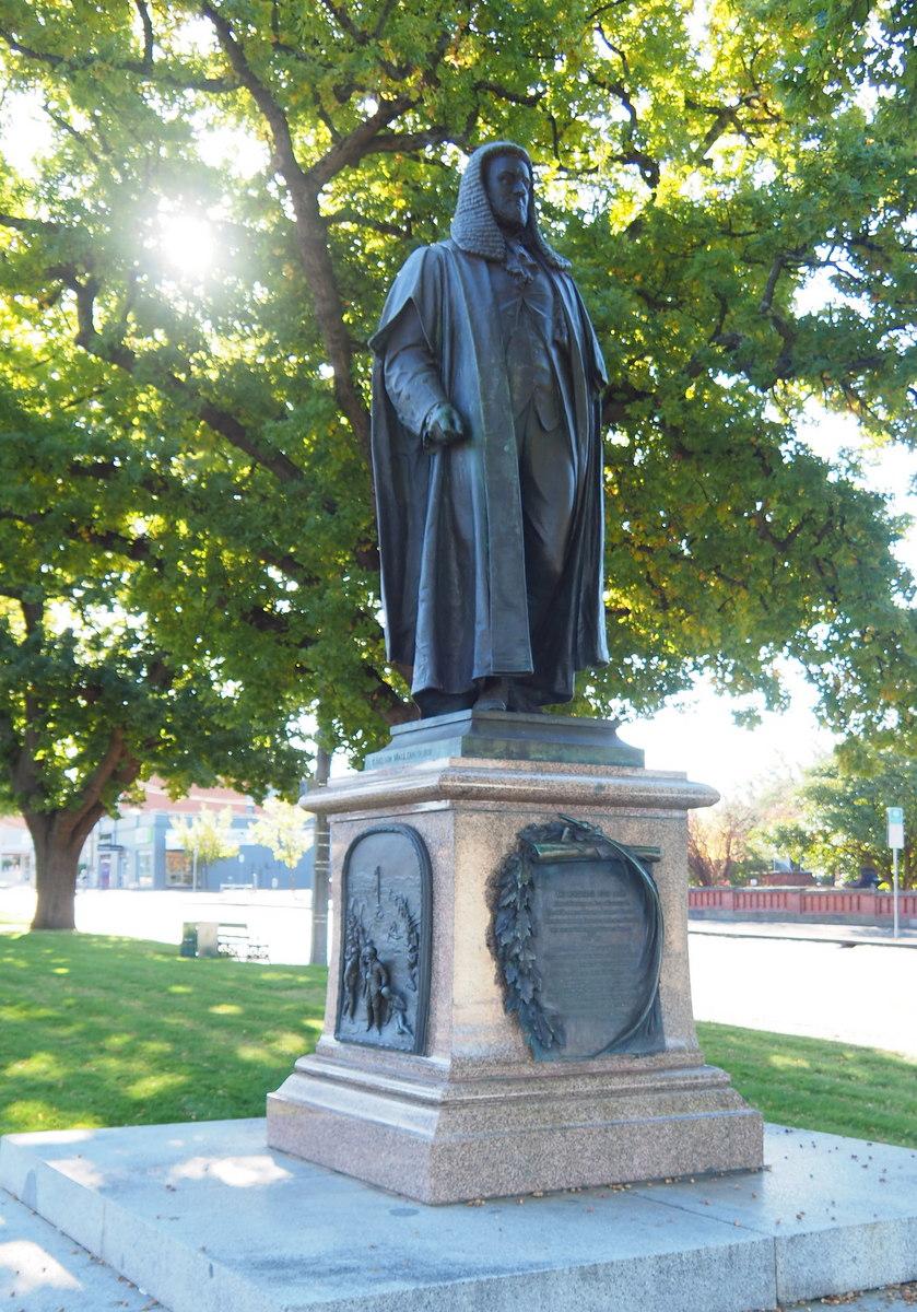 Peter Lalor Statue