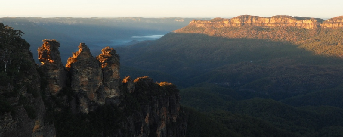 Dawn over the Blue Mountains