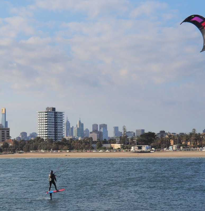 Speedy Kite Surfer