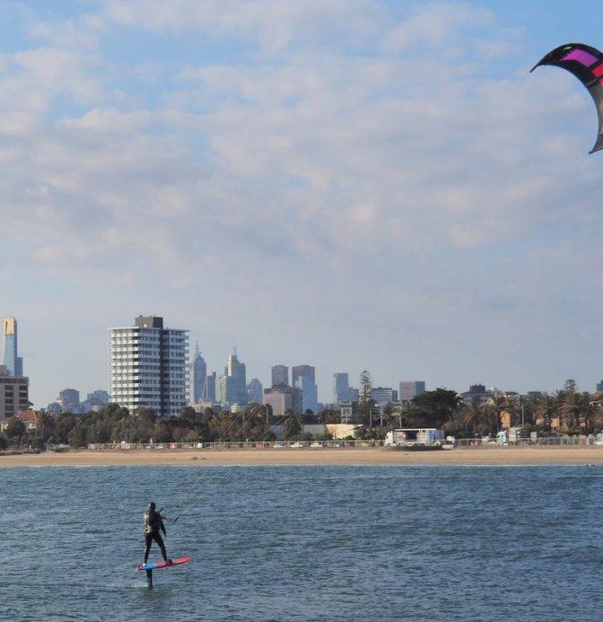 Speedy Kite Surfer